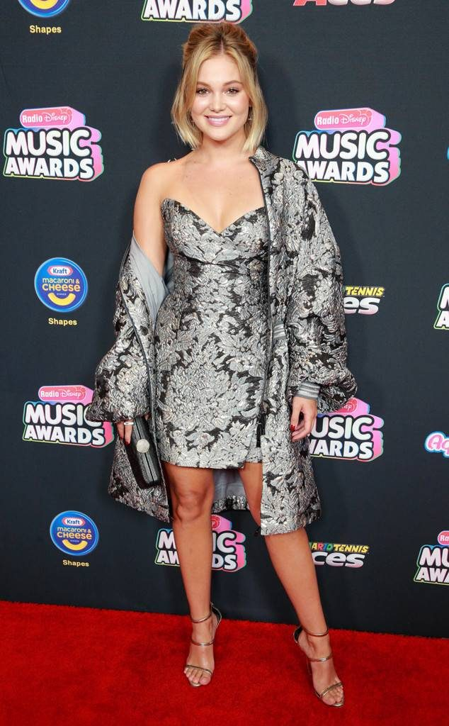 rs_634x1024-180622132327-634.olivia-holt-radio-disney-music-awards-2018.ct_.062218