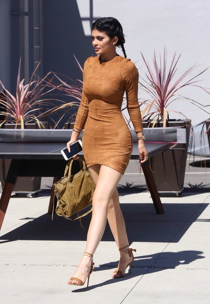 e82v46-l-610x610-dress-kyliejenner-kyliejennerdress-falldress-falloutfits-suede-fashion-style-luxury-beautiful